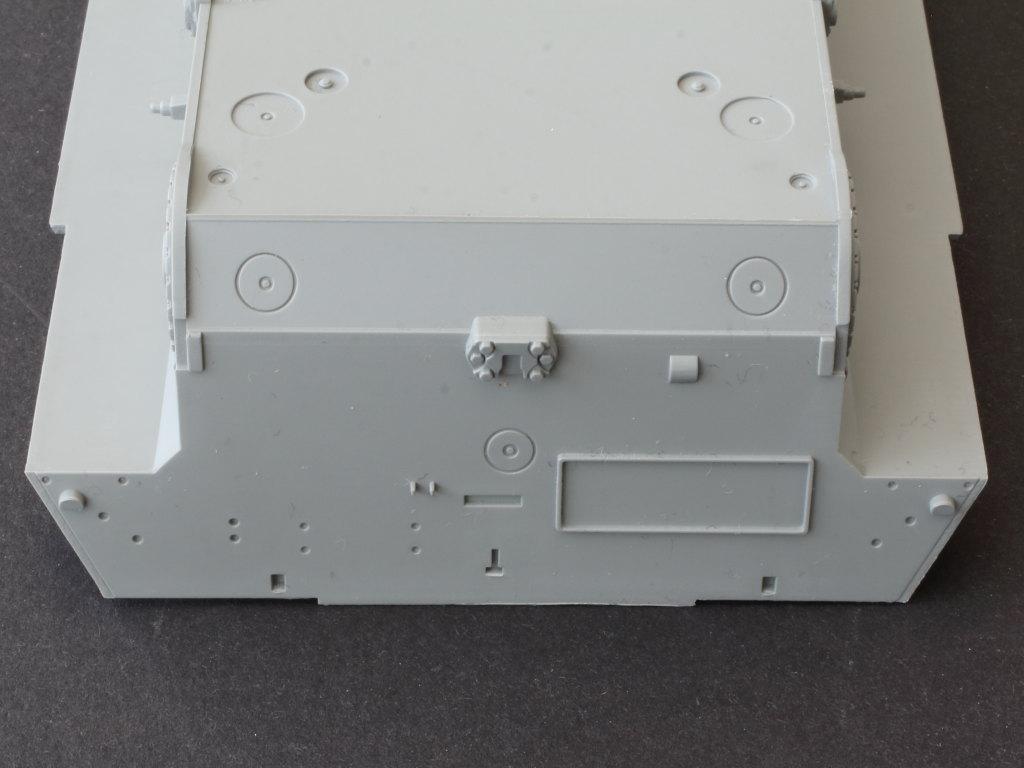 Wannen08 Bergepanzer 2 Standard 1:35 Takom (#2122)