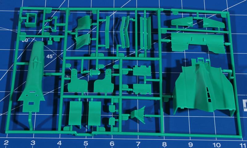 Revell-05689-Benetton-Ford-B194-8 Benetton Ford B 194 in 1:24 von Revell # 05689