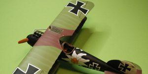 Gebaut: Albatros D.V in 1.48 von Revell/Eduard