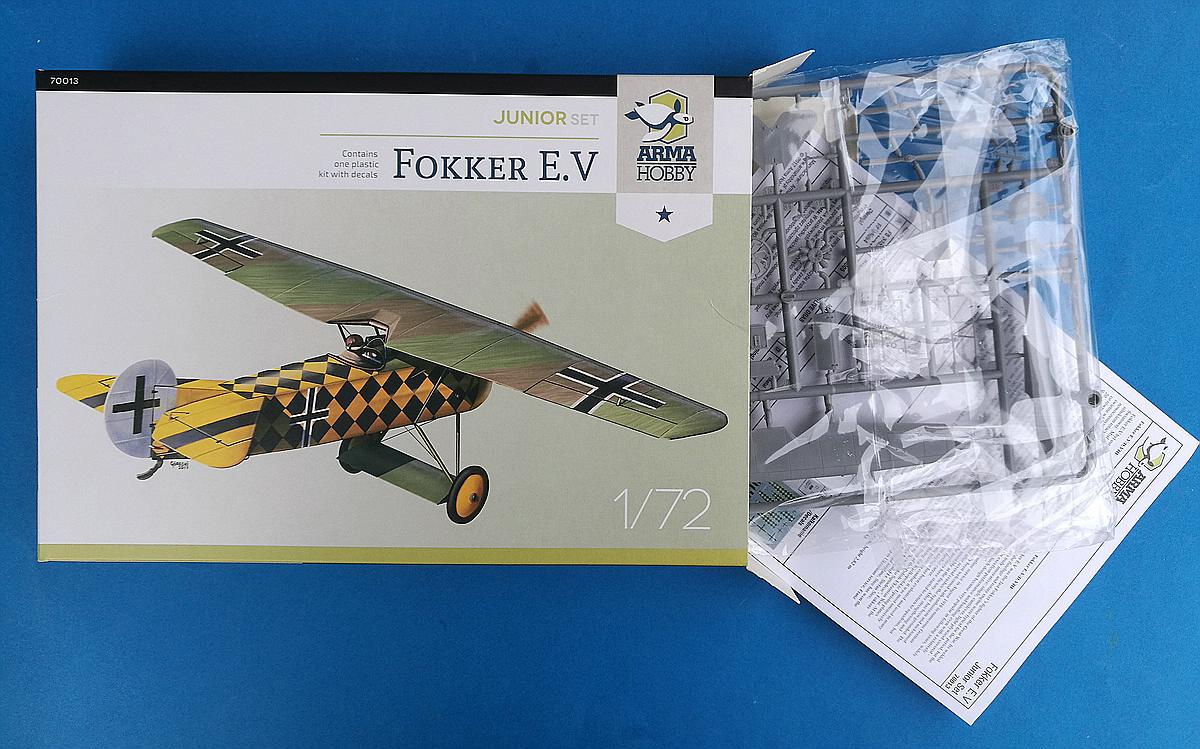 ArmaHobby-70013-Fokker-E.V-JuniorSet-23 Fokker E. V in 1:72 von Arma Hobby # Junior Set 70013