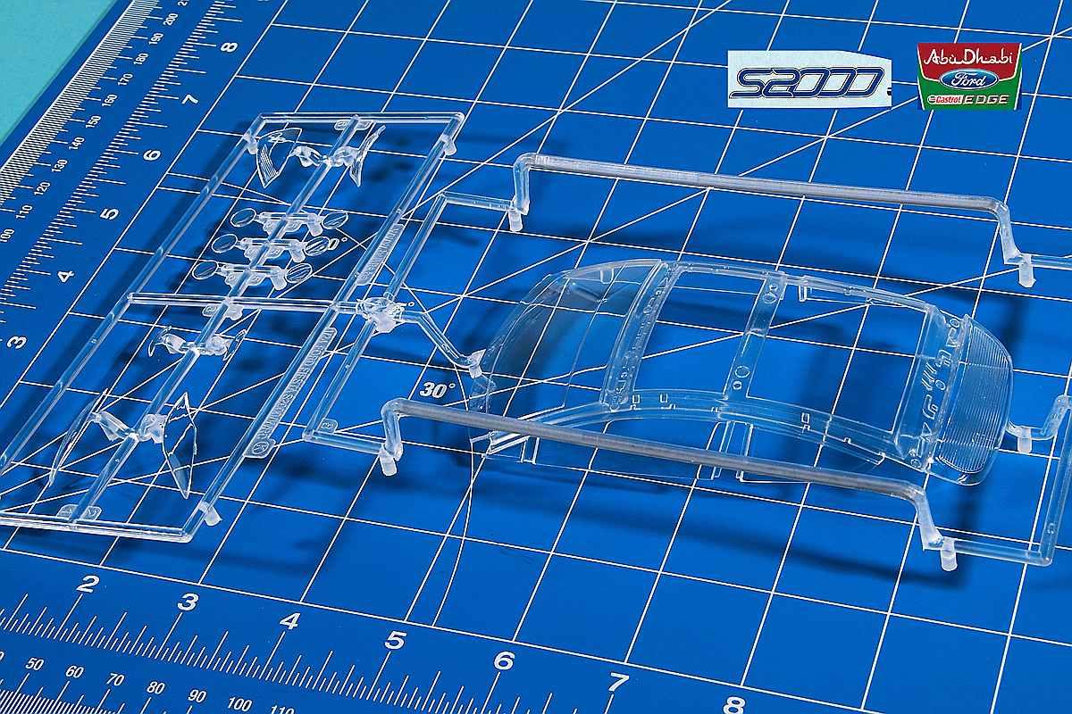 Belkits-BEL-002-Ford-Fiesta-S2000-10 Ford Fiesta S2000 in 1:24 von Belkits #BEL 002