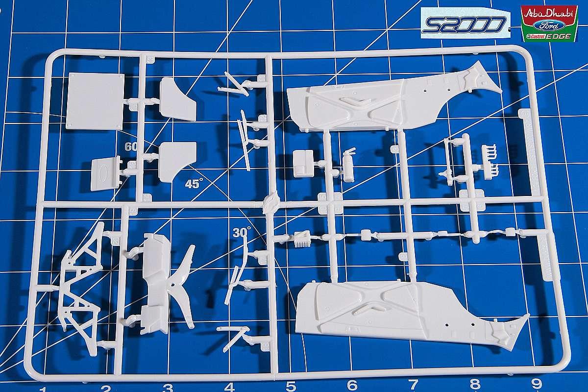 Belkits-BEL-002-Ford-Fiesta-S2000-17 Ford Fiesta S2000 in 1:24 von Belkits #BEL 002