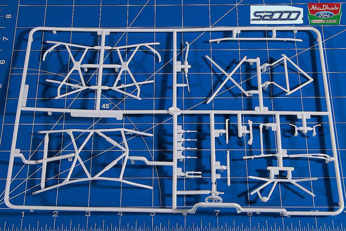 Belkits-BEL-002-Ford-Fiesta-S2000-18 Ford Fiesta S2000 in 1:24 von Belkits #BEL 002
