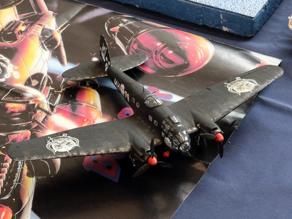 "IMG_0132 Heinkel He111 H-6 Motörhead ""Bomber"" Special 1:72 Airfix (#A07007B)"