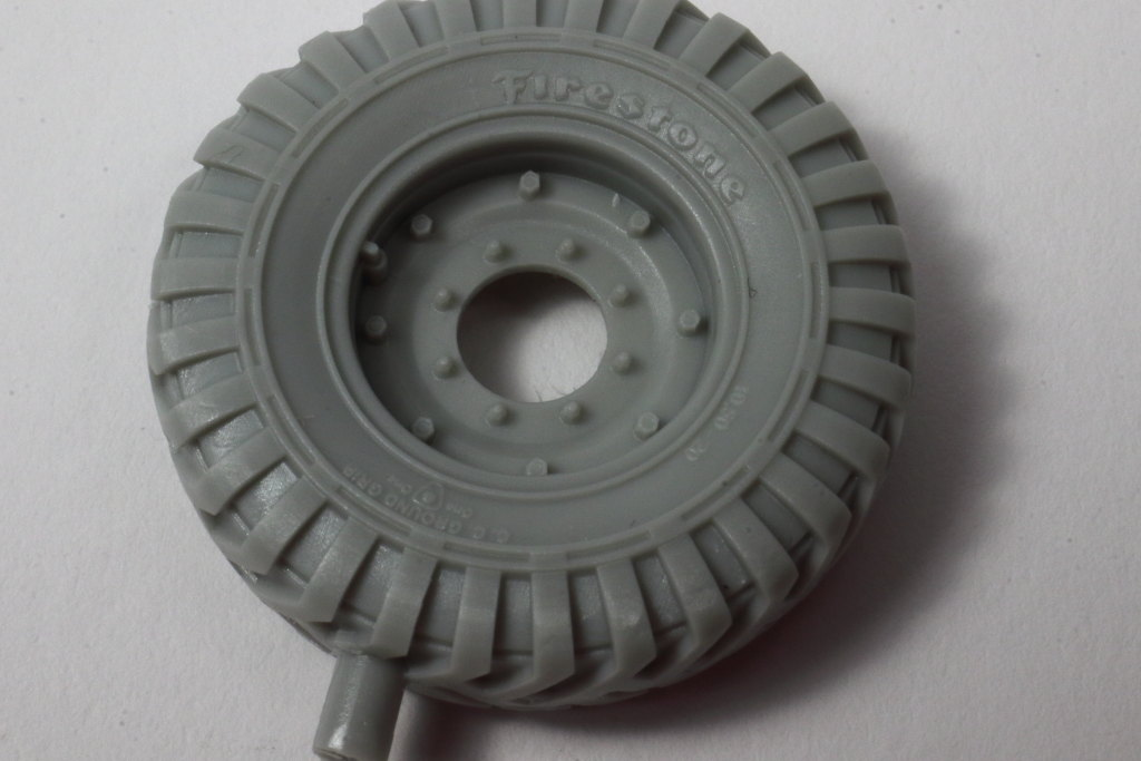 "Review_PanzerArt_C60_Wheels_04 C60 Resin Wheels ""Firestone"" - Panzer Art 1/35"