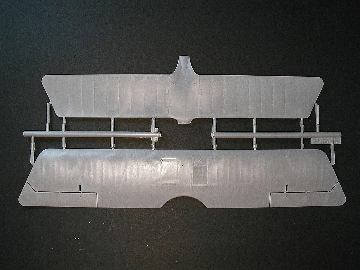 Roden-613-Pfalz-D.III-1zu32-20 Pfalz D.III in 1:32 von Roden #613