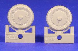 Eduard-648261-Bf-106-G-6-wheels-1-300x197 Eduard 648261 Bf 106 G-6 wheels (1)