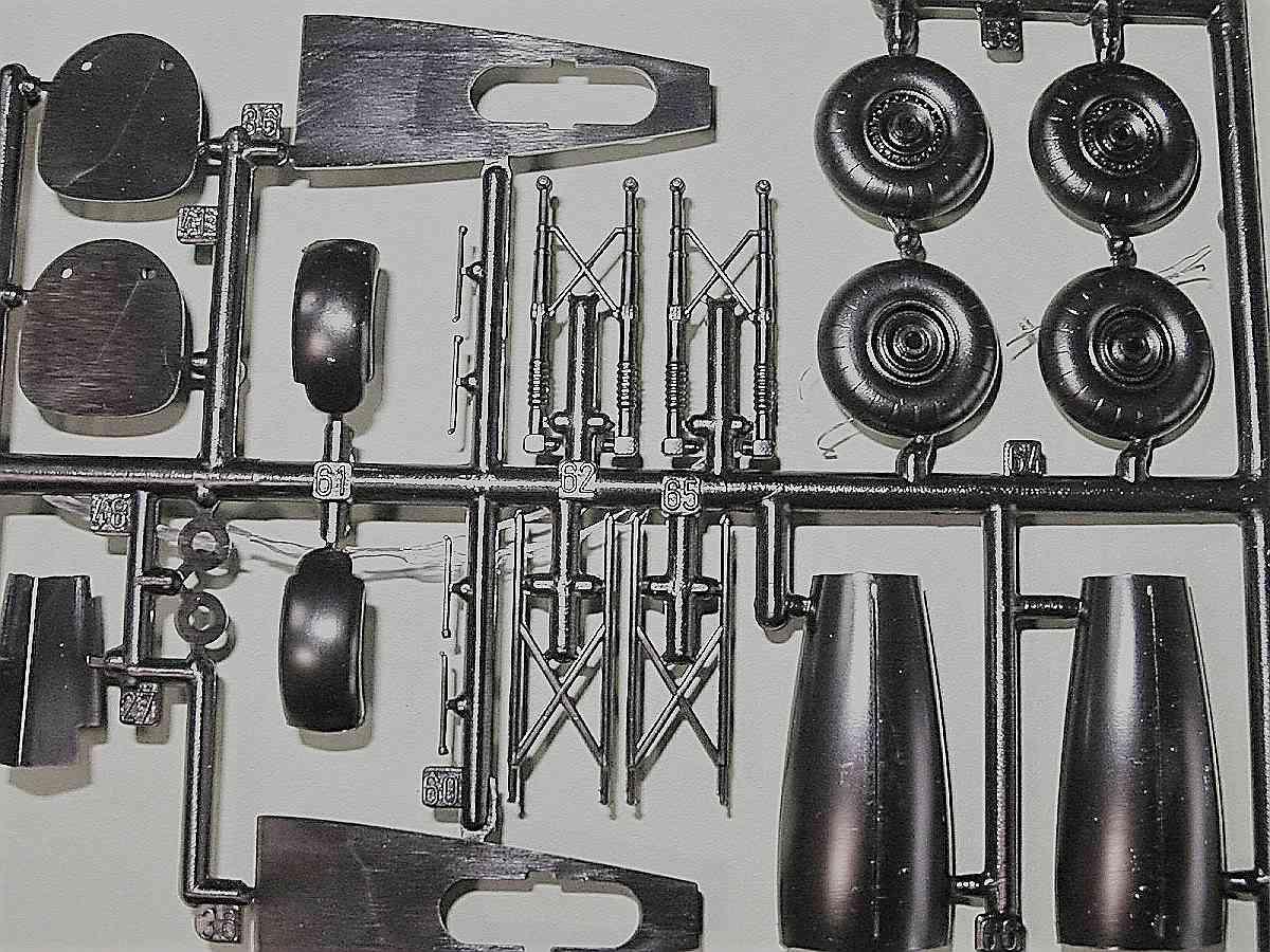 Italeri-Do-217-N-1-13 Kit-Archäologie: Dornier Do 217 N-1 in 1:72 von Italeri