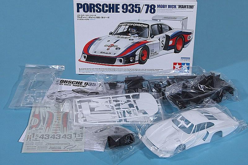 Tamiya-24318-Porsche-935-78-Moby-Dick-2 Porsche 935/78 Moby Dick in 1:24 von Tamiya # 24318