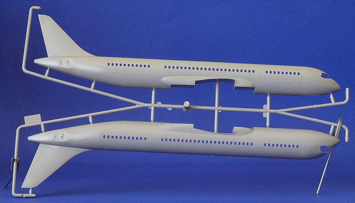 Zvezda-7033-MC-21-300-12 Verkehrsflugzeug MS-21-300 in 1:144 von Zvezda #7033