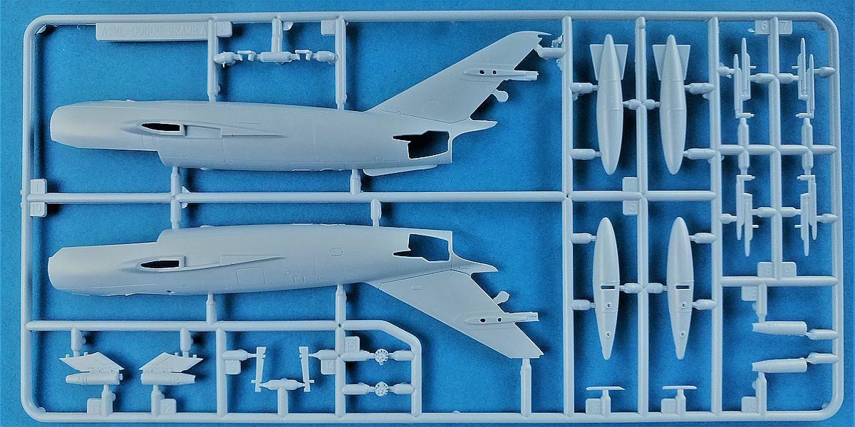 Airfix-A03091-MiG-17-1 MiG-17 Fresco in 1:72 von Airfix # A 03091