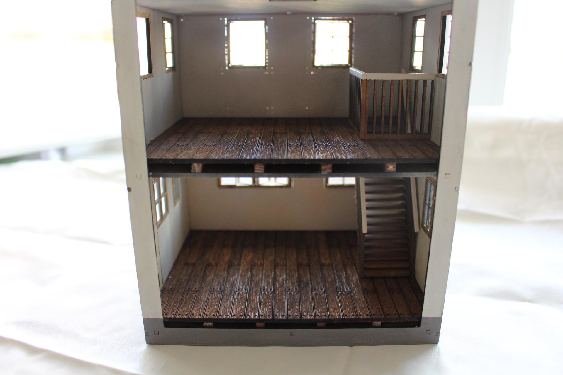 Bild-0 Fachwerkhaus mit Holzschuppen - Lasercut Modellbaushop 1:35