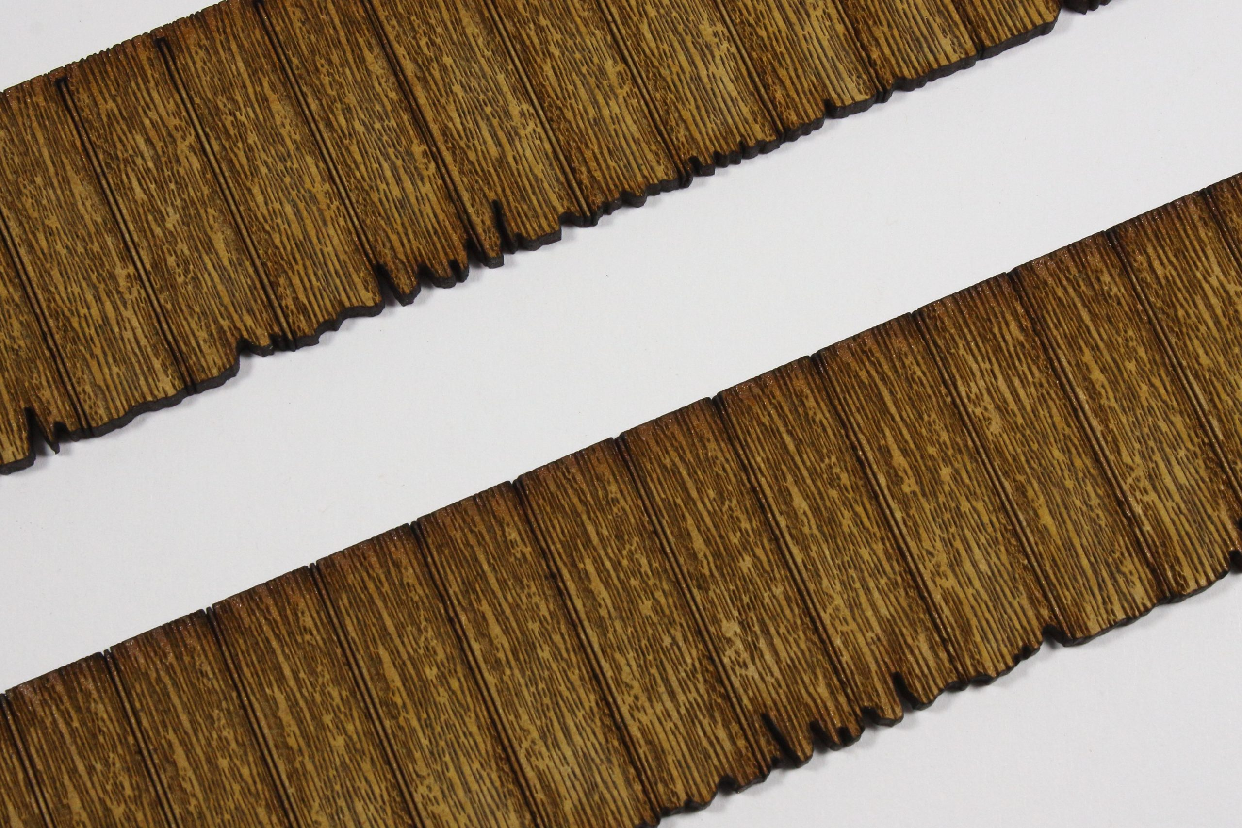 Bild-9-scaled Fachwerkhaus mit Holzschuppen - Lasercut Modellbaushop 1:35