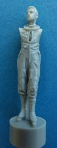 CMK-F-48363-US-Pilot-with-full-pressure-suit-3-116x300 CMK F 48363 US Pilot with full pressure suit (3)