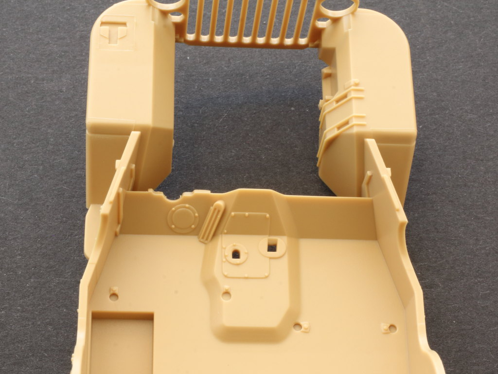 Chassis3 MB Military Vehicle 1:35 Meng (#VS-011)