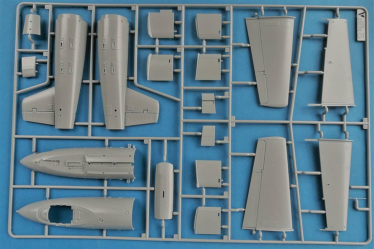 Das-Werk-DW-32001-Junkers-Ef-126-Elli-Ef-127-Walli-2 Junkers EF 126 / 127 Elli / Walli in 1:32 von Das Werk #DW32001