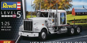 Kenworth W-900 in 1:25 von Revell #07659