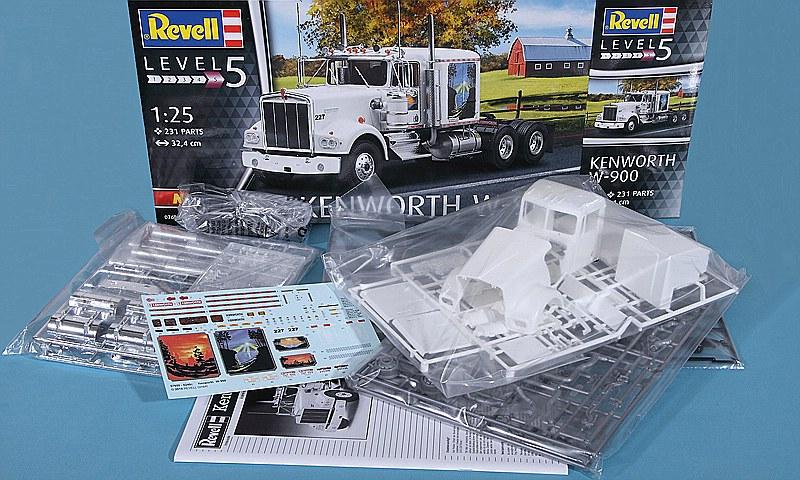 Revell-07659-Kenworth-W-900-2 Kenworth W-900 in 1:25 von Revell #07659