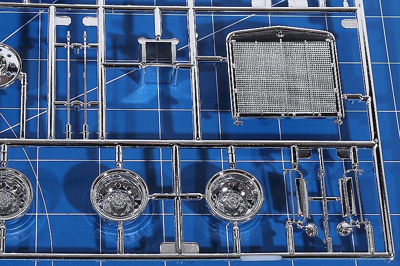 Revell-07659-Kenworth-W-900-31 Kenworth W-900 in 1:25 von Revell #07659