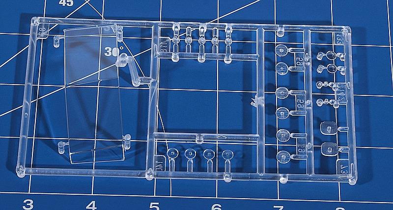 Revell-07659-Kenworth-W-900-44 Kenworth W-900 in 1:25 von Revell #07659
