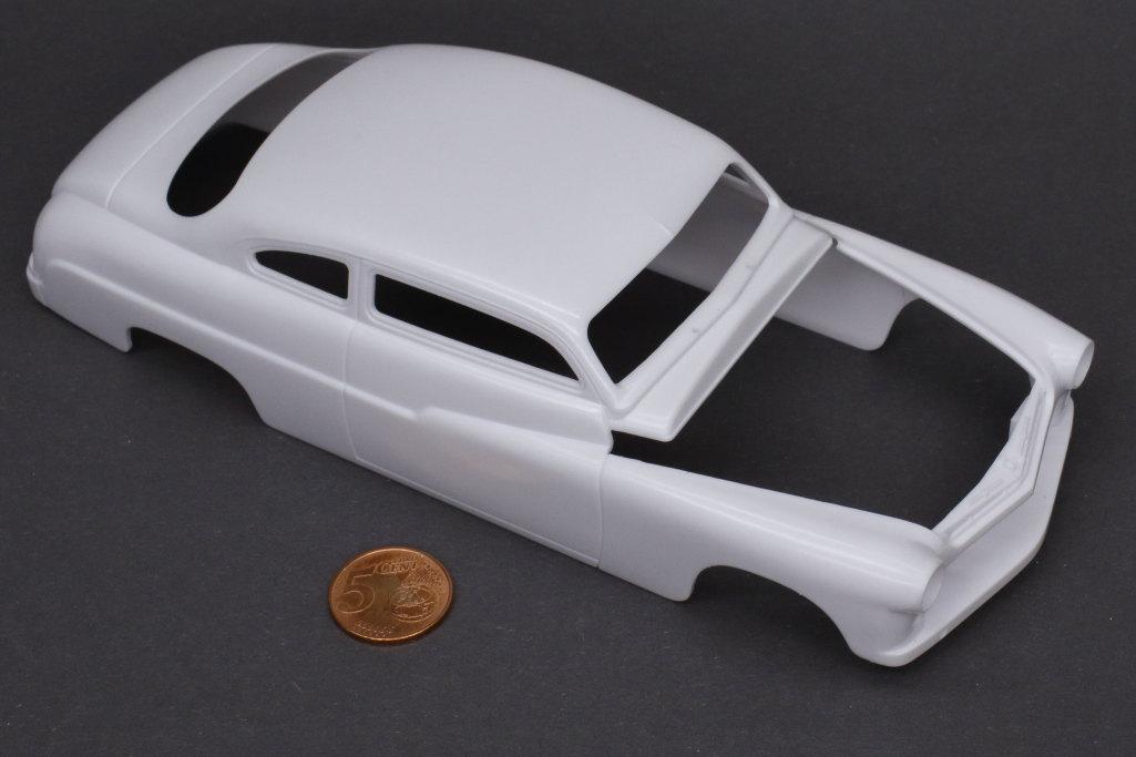 Review_Revell_49_Mercury_3in1_05 '49 Mercury Custom Coupe - Revell 1/25