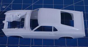 Revell-07025-69er-Ford-Mustang-Boss-302-27-300x160 Revell 07025 69er Ford Mustang Boss 302 (27)