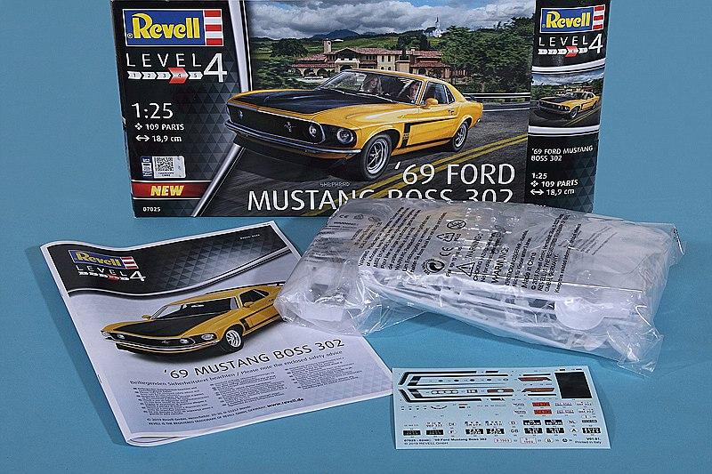 Revell-07025-69er-Ford-Mustang-Boss-302-3 69 Ford Mustang Boss in 1:25 von Revell #07025