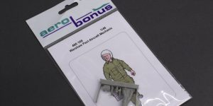 Warshaw Pact Aircraft Mechanic – aerobonus 1/48