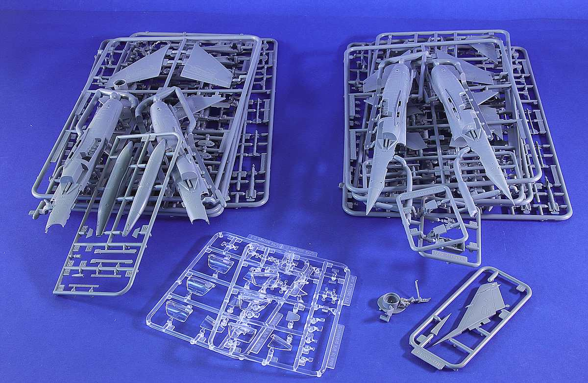 comp_Special-Hobby-Mirage-F1-Duo-Pack-Bauteile-Übersicht Mirage F.1C Duo Pack in 1:72 von Special Hobby #SH 72414