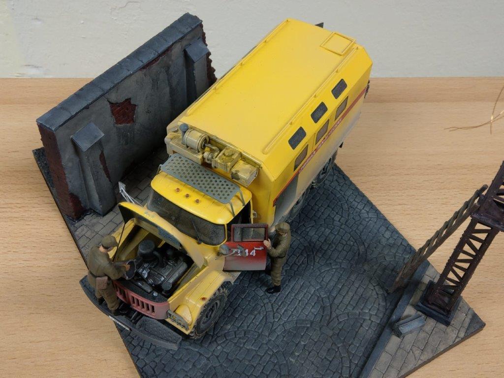 09_ICM-35518-gebaut-9 Werkstattbericht: ZIL 131 Emergency Truck in 1:35 von ICM