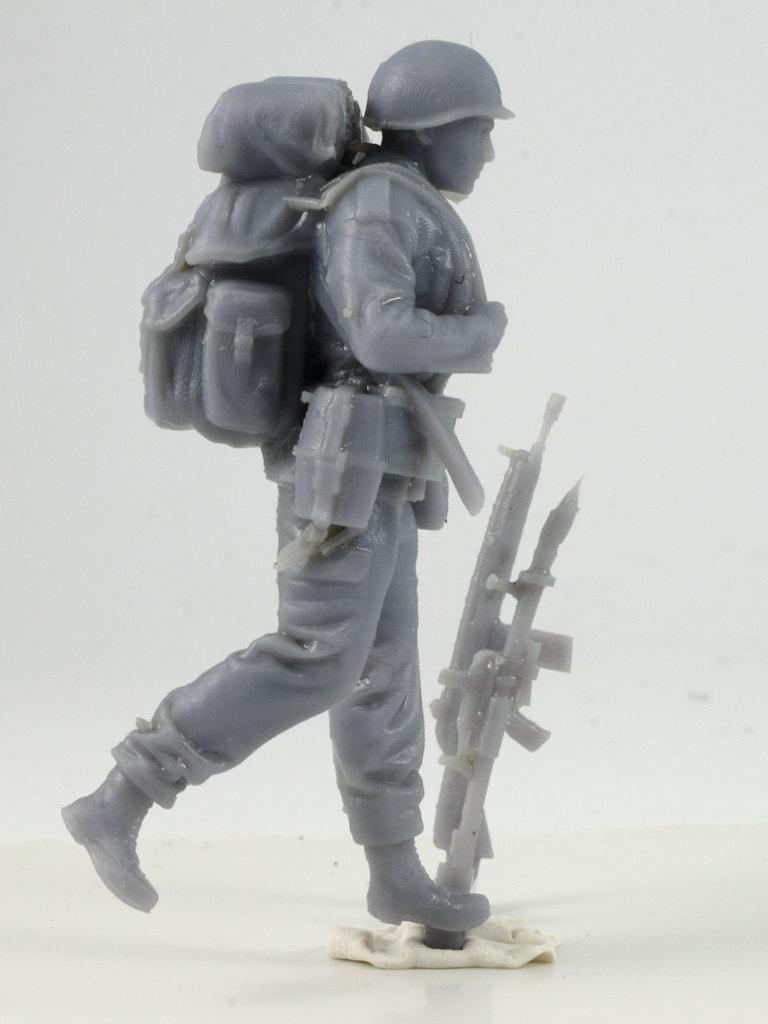 IMG_0026 Bundeswehr - Marschkolonne 02 Germania Figuren (#STL CW 1004)