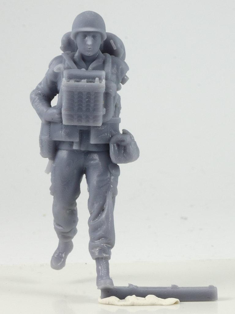 IMG_0027 Bundeswehr - Marschkolonne 02 Germania Figuren (#STL CW 1004)