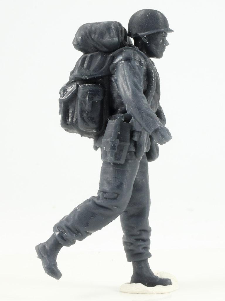 IMG_0034-1 Bundeswehr - Marschkolonne 02 Germania Figuren (#STL CW 1004)