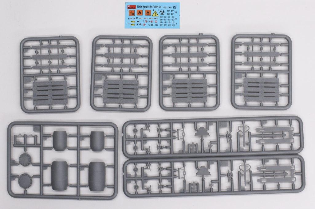 Review_MiniArt_Pallet_Truck_Set_01 Hand Pallet Truck Set - MiniArt 1/35