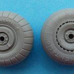 Eduard-648542-und-648543-He-111-Räder-2-150x150 He 111 wheels early / late von Eduard in 1:48 #648542 und 648543
