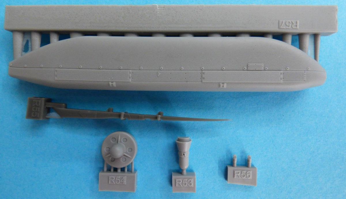 Eduard-648552-und-648554-AN-ALQ-99-15 AN/ALQ-99 Störbehälter von Eduard in 1:48 #648552 und 648554