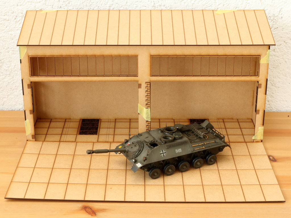 IMG_1142 Bundeswehrhalle 1:35 Lasercut Modellbaushop (#LCS-057-1-35)