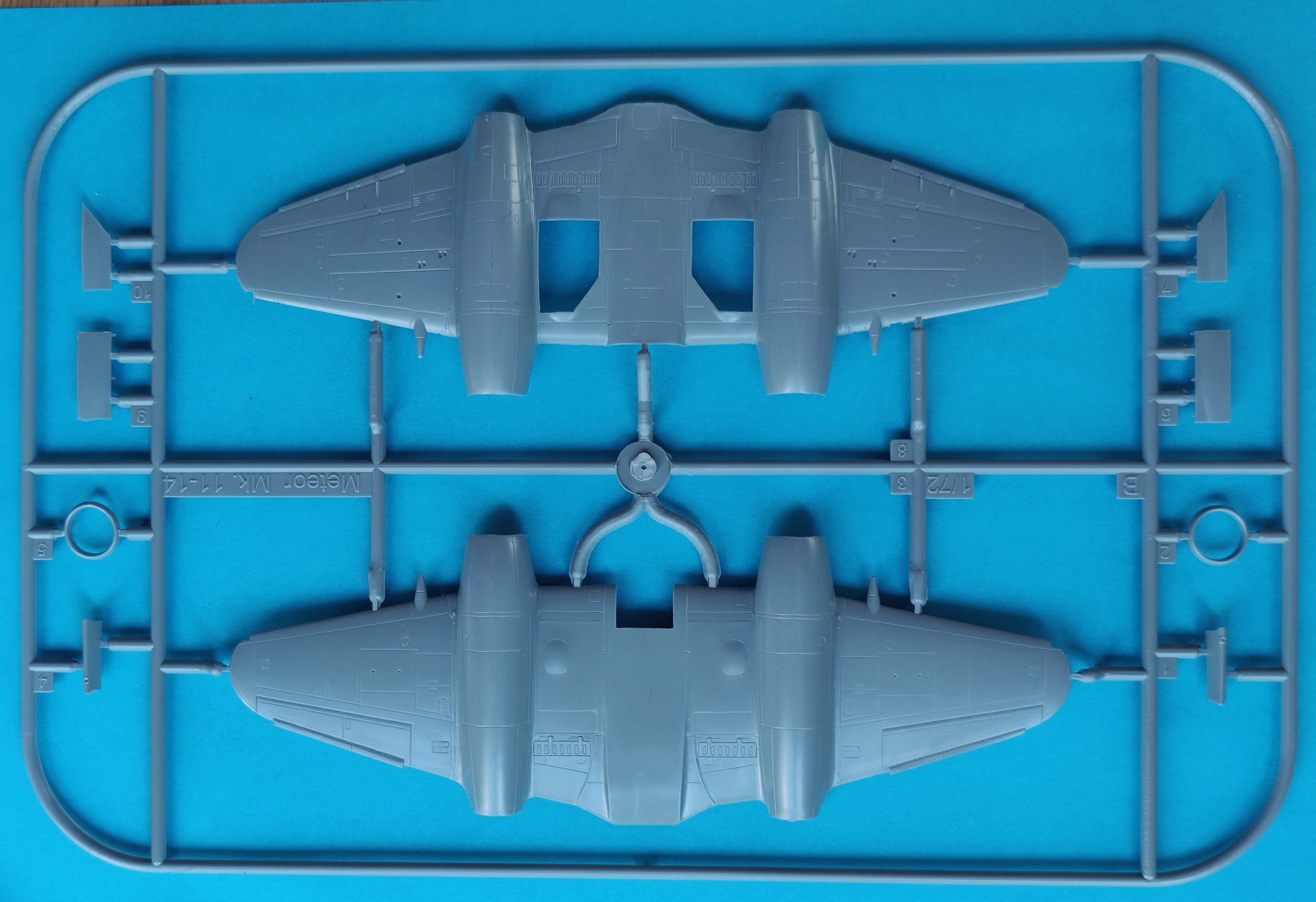 """MB_Meteor_Nf_MK11_Nato5-scaled Gloster A.W. Meteor NF Mk.1 """"Nato Users"""" in 1:72 von Special Hobby # 72358"""