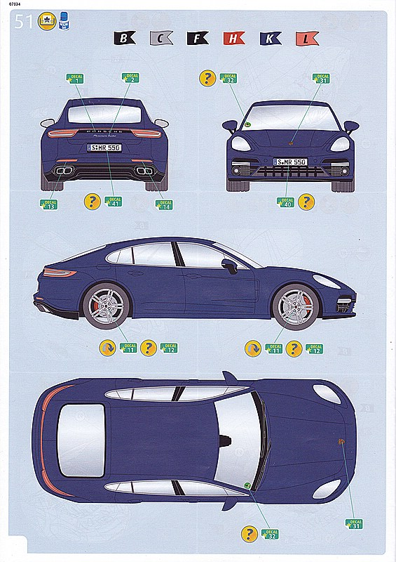 Revell-Porsche-Panamera-Turbo-15 Porsche Combo in 1:24 von Revell #05681