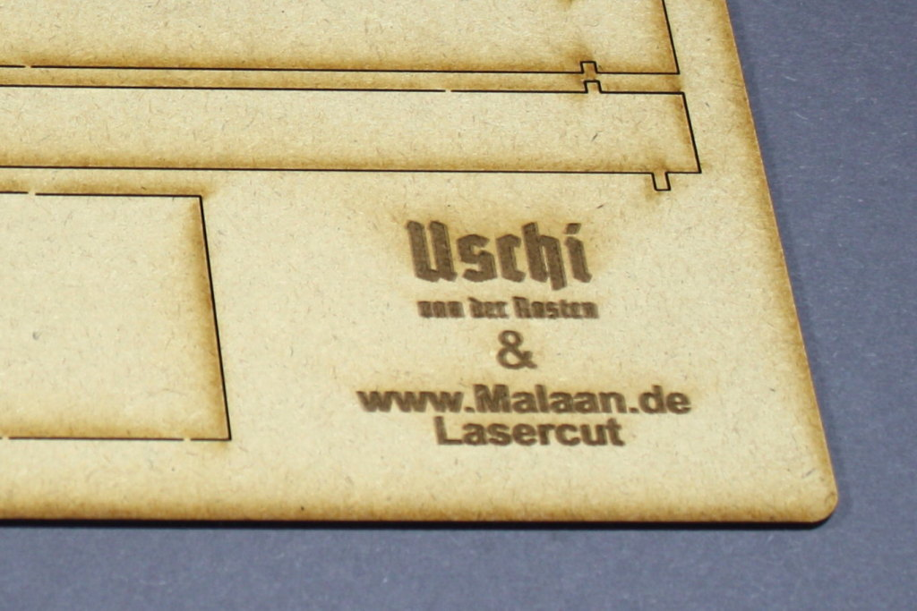 "Review_ReimaHG_07 ReimaHG – Werk ""Lachs"", Lasercut Editon (Uschi van der Rosten & Malaan Lasercut), Maßstab 1:72, #5001"