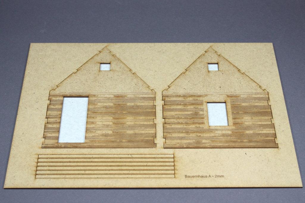 Bild-4 Zwei Russische Bauernhäuser - 1/35 - Style-Design - Art.Nr. MB-0013