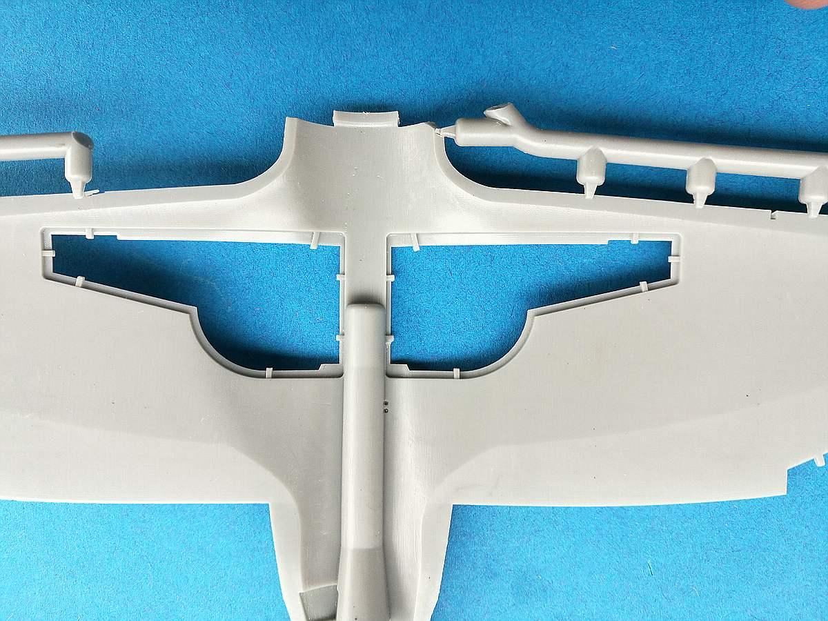 DoraWings-48029-Republic-P-43-Lancer-13 Republic P-43 Lancer in 1:48 von Dora Wings # 48029