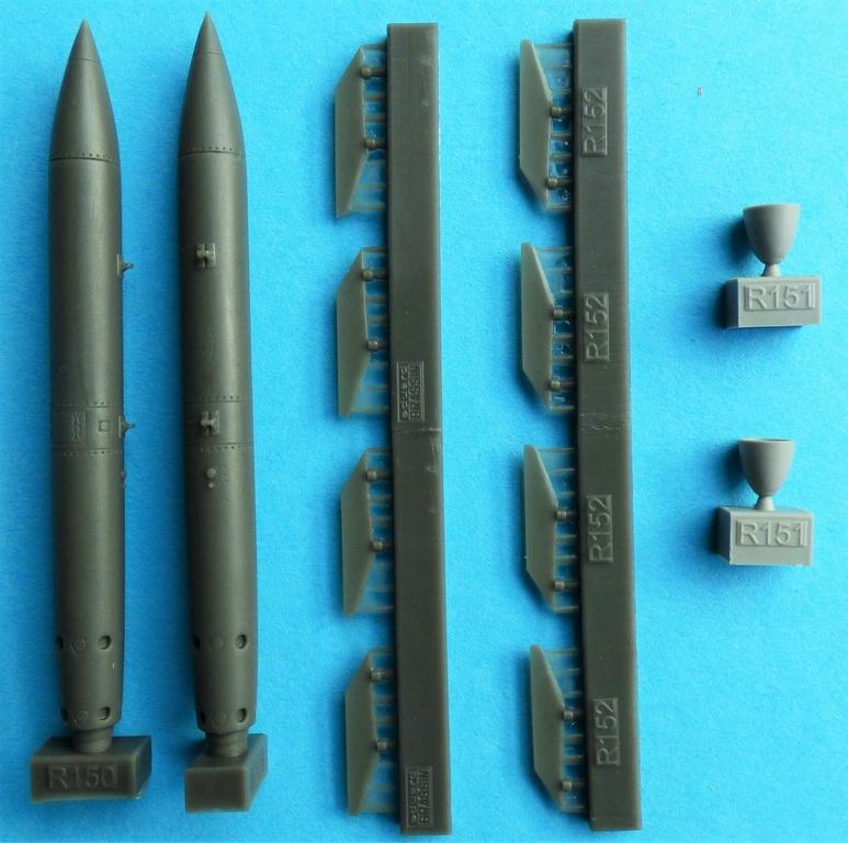 Eduard-648559-B-61-Nuclear-Bomb-3 B-61 Nuclear Bomb in 1:48 von Eduard #648559