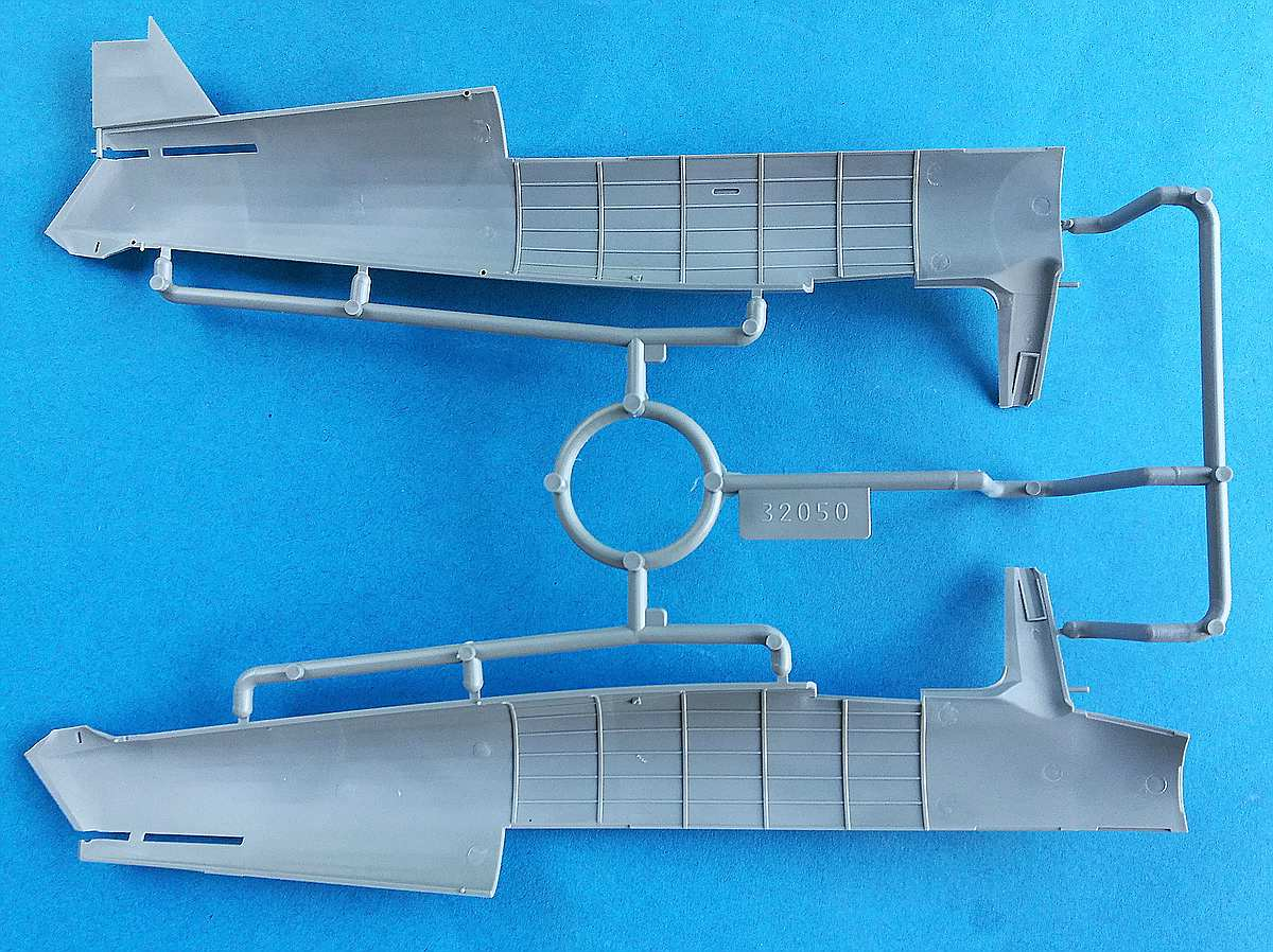 ICM-32050-Stearman-PT-17-23 Stearman PT-17 Kaydet in 1:32 von ICM #32050