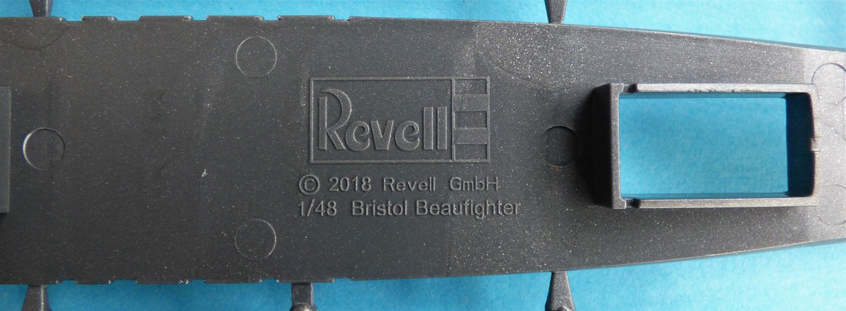 Revell-03854-Bristol-Beaufighter-IF-Nightfighter-3 Bristol Beaufighter IF Nightfighter in 1:48 von Revell #03854