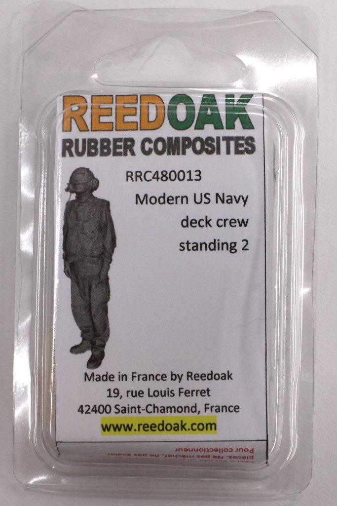 Review_Reedoak_Carrier-Crew_01 Carrier Deck Crew (verschiedene Figuren) - Reedoak - 1/48