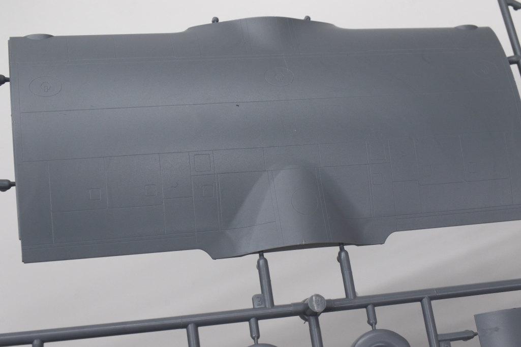Review_Zvezda_C-130H_33 C-130H Hercules - Zvezda 1/72