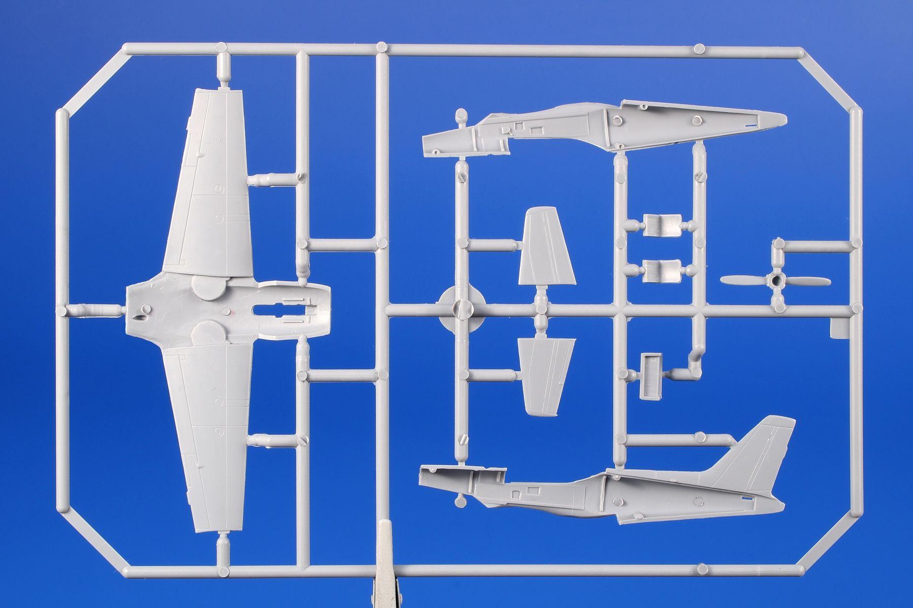 SH72418-SIAI-SIAI-Marchetti-SF-260-3 SIAI Marchetti SF 260 M/AM/W in 1:72 von Special Hobby