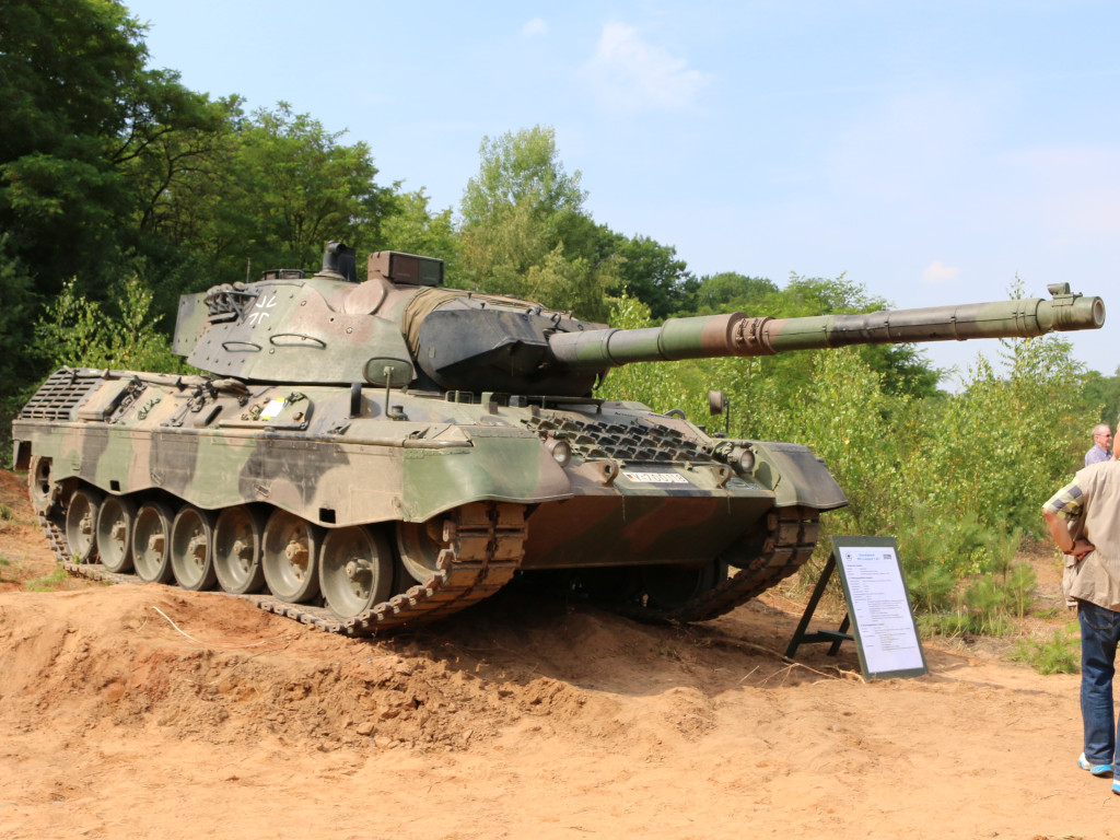 00 Leopard 1A5 1:35 Revell (#03320)