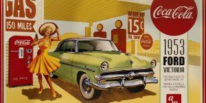 """1953 Ford Victoria """"Coca Cola"""" von AMT in 1:24"""
